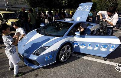 Escapatele a este policia…ahi te quiero ver!!!!