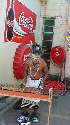 Marimba Zulu con el auspicio de….