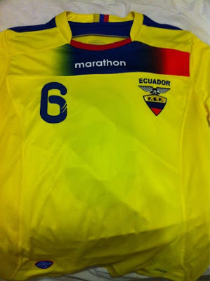 La Camisa Nueva.