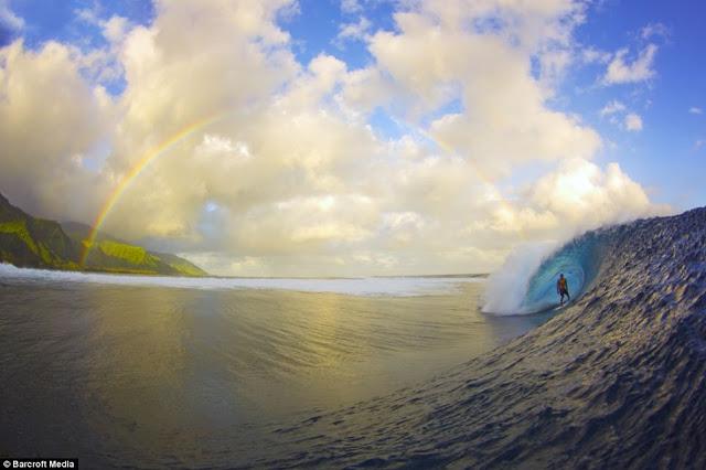 La foto del año de la Surfer Magazine.