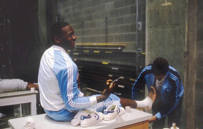 La foto que le da dolores de cabeza a Nike.