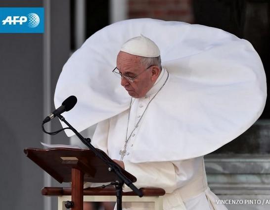 Vaticano sabe que hay extraterrestres y la guerra espacial