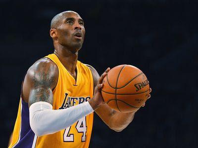 Se va Kobe y se despide asi