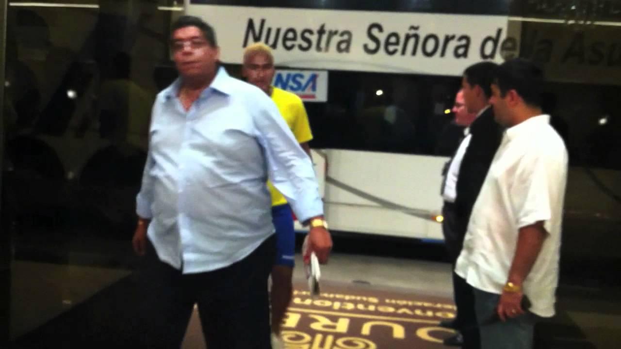 Seleccion de futbol de Ecuador y algo de su primer dia antes de juego con Paraguay