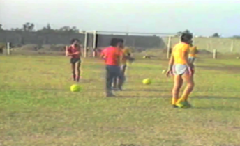 Asi entrenaban Barcelona y Emelec hace 35 y 30 años respectivamente(video)
