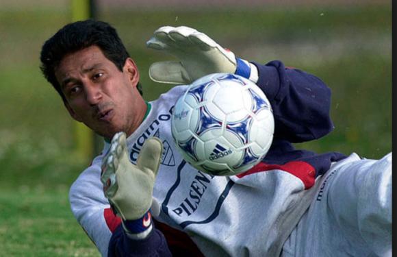 ¿De que sirve ser arquero mundialista ecuatoriano?