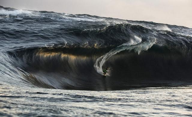 Un poco de surf.