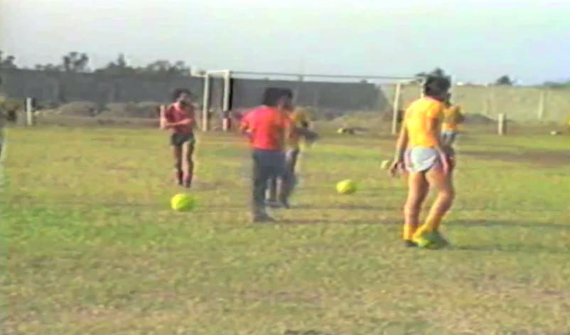 Asi entrenaban Barcelona y Emelec hace 37 y 32 años respectivamente(video)