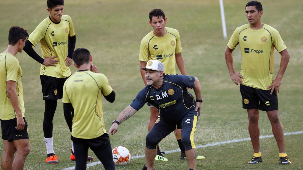 Todo sobre la llegada de Maradona a Dorados(video youtube)